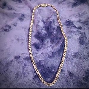 Silver-toned chain